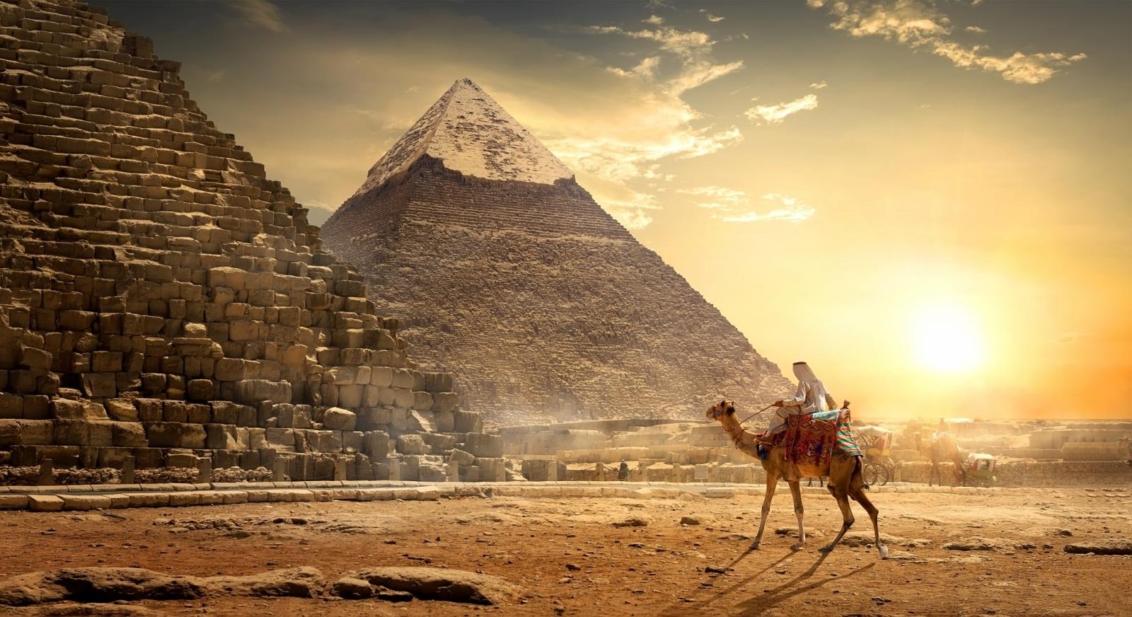 3V Pryramids